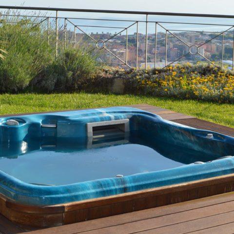 Jacuzzi et piscine